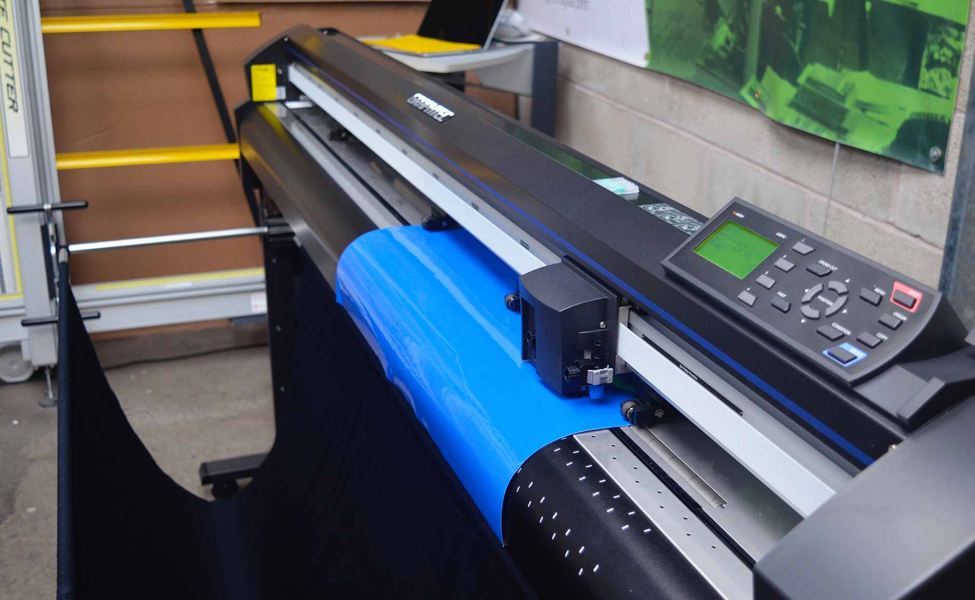 Sherwin Rivers - Graphtec FC8000-600 Plotter